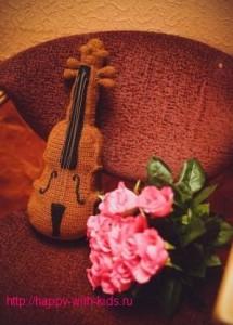 связать скрипку крючком